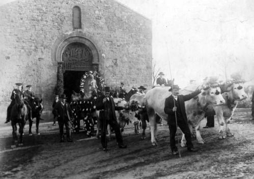 procession neuvy en donjon